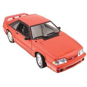 GMP GMP1801814 118 1993 Ford Mustang Cobra in Red Toys