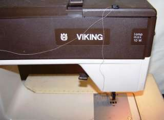 HUSQVARNA VIKING Sewing Machine 4700 4000 Series All Original w Pedal