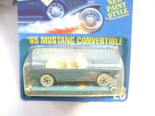 HOT WHEELS 1989 65 BLUE MUSTANG CONVERTIBLE #26 CARD