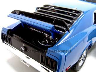 1970 FORD MUSTANG BOSS 302 BLUE 118 DIECAST MODEL