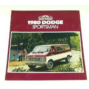 1980 80 Dodge SPORTSMAN BROCHURE Wagon B100 B200 Van