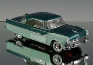 Danbury Mint 1955 Ford Fairlane Crown Victoria LE 2385/5000 Die cast